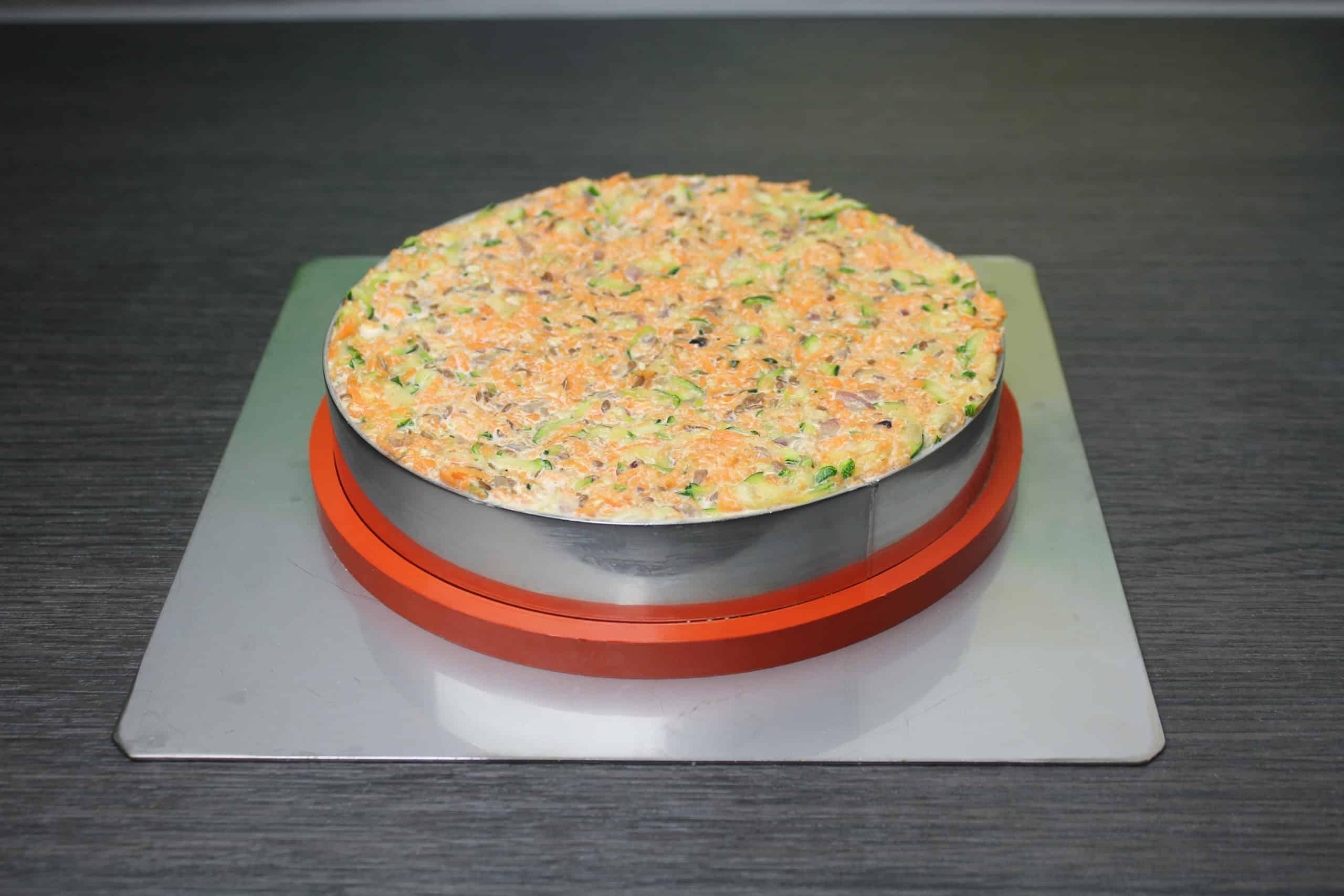 Karotten-Zucchini-Torte-in-Zila-Tortenform2