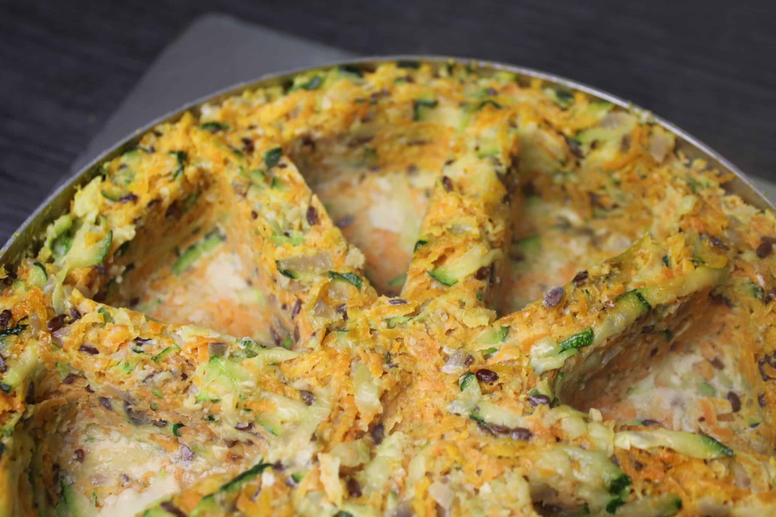 Karotten-Zucchini-Torte-leer